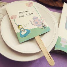 【席札 & Menu】不思議の国のアリス風 Tea Party   うちわタイプ