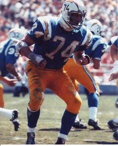 Ron Mix Los Angeles Chargers 1960, San Diego Chargers 1961-69 and Oakland Raiders 1970. HOF Class '79.