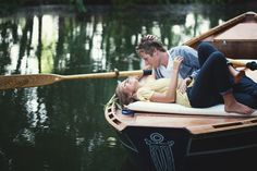 couple, couples photography, couples pictures, in love, engagement pictures, engagement photos, picture ideas, boat, proposal