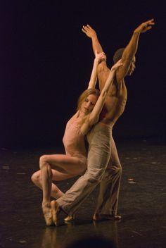 'After the Rain' pas de deux, Craig Hall and Wendy Whelen ♥ Wonderful! www.thewonderfulworldofdance.com