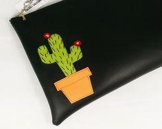 Cactus Clutch! Get yours at: http://ift.tt/1LMhqo9 #cactus #succulent #plants #cacti #botanical #desert #cute #kawaii #fashion #southwest #floral  #clutch #travelbag #purse #crossbodypurse #design #traveler #etsy  #fireboltcreations #etsyshop #handmade #accessory #shopping  #mexico #travel #travelgift #nevada #bag #vacation #accessory