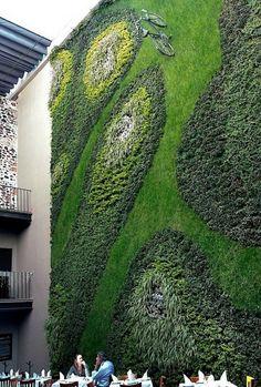 Cool Creative Vertical Gardening Ideas Outdoor Restaurant Wall Decor