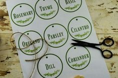 Cute free printable herb labels are perfect for labeling dried herbs or even indoor herb garden containers. Canning Jars, Canning Recipes, Relish Recipes, Canning Dill Pickles, Pickles Recipe, Herb Labels, Can Green Beans, Herb Markers, Thing 1