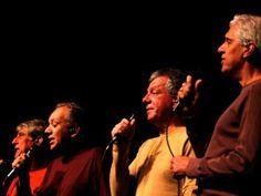 O quarteto carioca chega à capital paulista para excursionar em cinco show gratuitos pelas unidades dos CEUs. O espetáculo faz parte da programação CEU é Show, cuja programação tem entrada Catraca Livre.