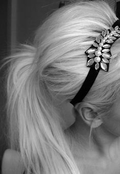 Pretty head bands.<3