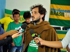 O estranho caso dos vários nomes do fundador do Movimento Brasil Livre. Por Kiko Nogueira