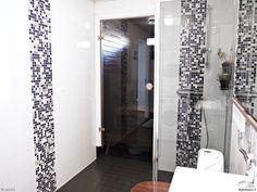 kylpyhuone,kylpyhuoneen muutos,suihkuseinä,suihkunurkka,lattiakaakelimaali