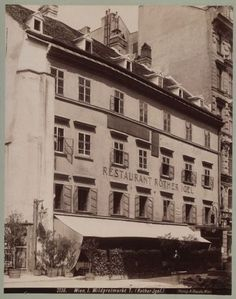 Zum roten Igel – Wien Geschichte Wiki Old Pictures, Vienna, Hungary, Austria, Hd Wallpaper, Empire, Old Things, Louvre, Vintage