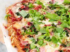 Det finnes mange artige varianter av sunne pizzaer og pizzabunner der ute. Min favoritt e...