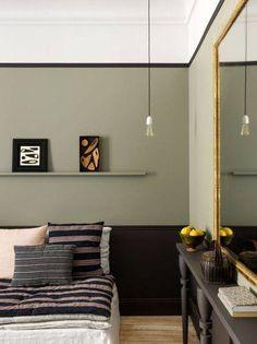 Un liseré noir pour structurer la couleur aux murs.