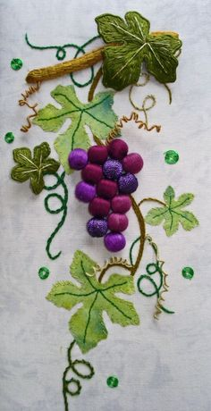 Have Fun with Silk-Ribbon Embroidery - Embroidery Patterns Hand Embroidery Videos, Hand Embroidery Flowers, Flower Embroidery Designs, Creative Embroidery, Hand Embroidery Stitches, Silk Ribbon Embroidery, Crewel Embroidery, Embroidery Techniques, Embroidery Patterns