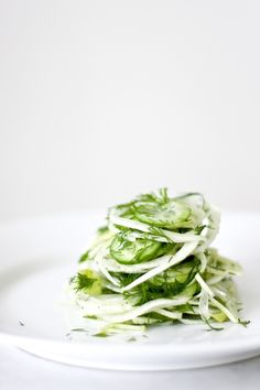 feasting at home: Shaved Fennel, Dill and Cucumber Salad. I only had a tiny semi-shriveled fennel, so I added daikon, and used green onions instead of regular, added grated fresh ginger. It's easy to do what you want with this Raw Food Recipes, Salad Recipes, Cooking Recipes, Healthy Recipes, Vegetarian Recipes, Clean Eating, Healthy Eating, Cucumber Salad, Vegetarian