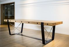 Marani table  design: Vincent Marani producer: LUGI