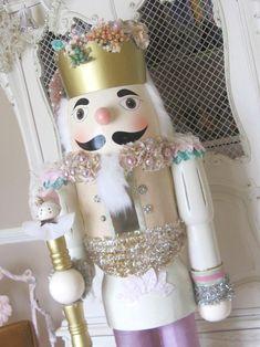 Cinnamon Rose Cottage: Aqua and Pink Christmas Decor Aqua Christmas, Pink Christmas Decorations, Shabby Chic Christmas, Christmas Fairy, Nutcracker Christmas, Victorian Christmas, Modern Christmas, Christmas Colors, All Things Christmas