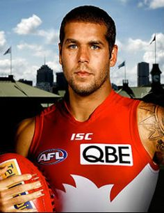Lance Franklin is officially a Swan after Hawthorn declined to match the nine-year, $10m offer.
