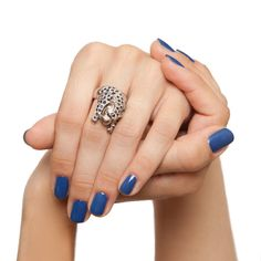 OPI - Dating a royal nail polish. Foto by Anna Gorelova http://nail-ru.livejournal.com/834227.html#cutid1