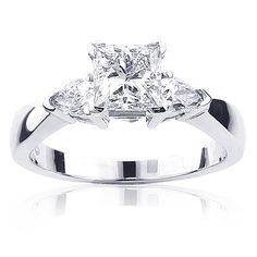 3-stone-rings-platinum-diamond-engagement-ring-138ct_1