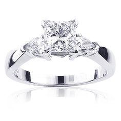 3-stone-rings-platinum-diamond-engagement-ring-138ct_1