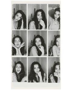 Studio Photography Poses, Self Portrait Photography, Portrait Photography Poses, Photography Poses Women, Best Photo Poses, Girl Photo Poses, Picture Poses, Self Portrait Poses, Creative Instagram Photo Ideas