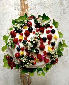 Summery cake by Mimi Thorisson via Miss Moss