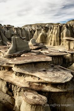 Sandstone formations and hoodoos in a small side wash at Ah Shi Sle Pah Wash in New Mexico's San Juan Basin. Photo by Jim Caffrey.