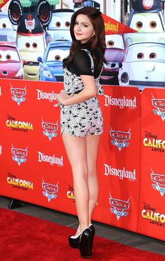 Ariel Winter - Modern Family and Sofia The First Ariel Winter Bikini, Ariel Winter Hot, Ariel Winter Young, Arial Winter, Lovely Legs, Nice Legs, Winter Photos, 6 Photos, Pictures