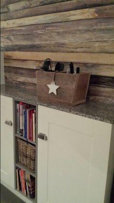 Stijgerhout behang van Eijffinger in de keuken