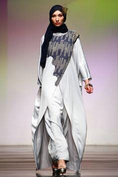 "Rumah Ayu ""Intro"", Jakarta Islamic Fashion Week 2013"