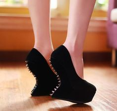 Fashion trend of Amazing High Heels without Heel  Fashionate Trends