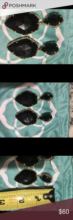 🎉🎉gorgeous Kendra Scott black earrings. Sparkly and such a beautiful style.  You will LOVE these gorgeous earrings. Kendra Scott Jewelry Earrings