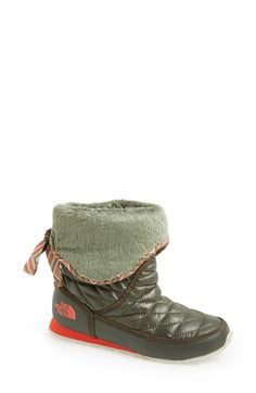 these foldover cuff Northface booties are super cute!