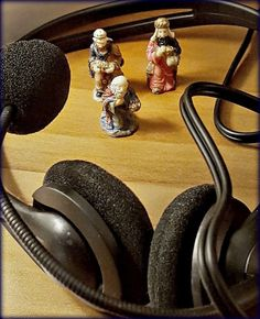 """The #magi seek amplification for the question """"Do you hear what I hear?"""" #christmas"""