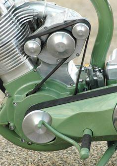 """Grasshopper"" custom motorcycle by Roger Goldhammer Motos Vintage, Vintage Bikes, Antique Motorcycles, Cool Motorcycles, Custom Harleys, Custom Bikes, Powered Bicycle, Motorized Bicycle, Motorcycle Engine"