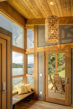This timber framed cabin has modern lines and an energy-efficient shell. There is 1 bedroom in 550 sq ft. Prefabricated Cabins, Prefab Homes, Log Homes, Tiny Homes, Cabin Design, Tiny House Design, Interior Exterior, Interior Architecture, Interior Design
