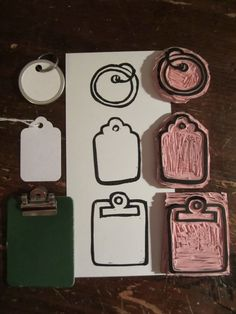TAGS AND CLIPBIARD HAND CARVED STAMP - Stempelideen