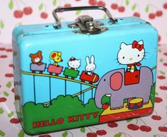 Hello Kitty Vintage Small Carry Case tin Lunch boxRARE by Pooyabee,