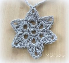 Crochet Edgings 80625 Stars to make a garland Free pattern - Free tutorial - diagram - crochet star - Star - Aglaé Mandala Au Crochet, Crochet Stars, Crochet Snowflakes, Crochet Flowers, Crochet Edging Patterns Free, Crochet Braid Pattern, Crochet Motifs, Free Pattern, Crochet Christmas Garland