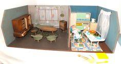 Puppenstube aus den 1950er Jahren: Wohnzimmer + Küche, sehr viele Teile!