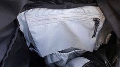 Arc'teryx Brize 32 Backpack - Inside Zippered Pouch