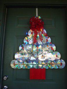 decoracion-navidena-con-materiales-reciclados-arbol-navidad-cd-dvd