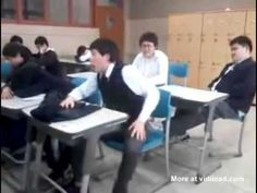 Sleeping in Class Slap Prank. Omg I died at the end lolol