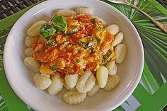 Gnocci-Zucchini-Pfanne mit Schafskäse