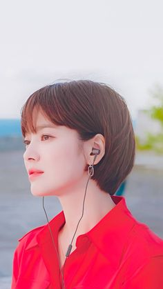 Short Hair Bun, Asian Short Hair, Girl Short Hair, Short Hair Cuts For Women, Short Hairstyles For Women, Bob Hairstyles, Song Hye Kyo Hair, Medium Hair Styles, Short Hair Styles