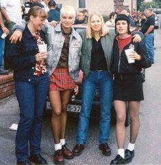 Skinhead Girls