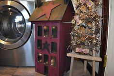 Primitive Trash Bin, with Lights, The Rustic Saltbox Exclusive House, Distressed Home Decor