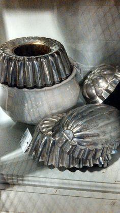 Vintage tin molds