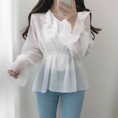 Korean Girl Fashion, Korean Fashion Trends, Ulzzang Fashion, Look Fashion, Fashion Styles, Cute Skirt Outfits, Pretty Outfits, Stylish Outfits, Stylish Girl