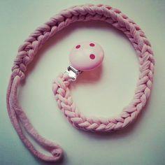 trapillo for baby Crochet Amigurumi, Crochet Toys, Crochet Baby, Knit Crochet, Yarn Projects, Crochet Projects, Baby Schmuck, Cotton Cord, Yarn Bracelets