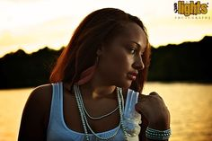 Shooting at Magic Hour With an Off Camera One Light Set Up - Digital Photography School