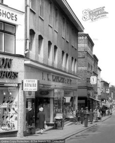 Barrow-in-Furness – Store 242 Barrow In Furness, Days Out, Vintage Pictures, Old Photos, Buildings, Street View, Urban, Island, History